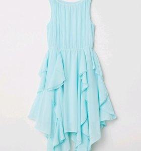 Платье  фирмы H&M,