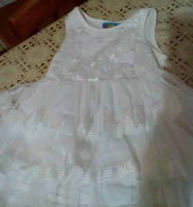 Платье на девочку на 1-3 года
