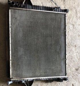 Радиатор Volvo XC90 2.5 3.2