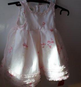 Нежное платье для малышки