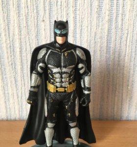 Бэтмен фигурка