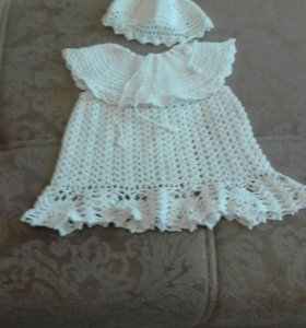 Платье вязаное и шапочка