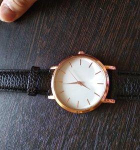 Часы кожзам