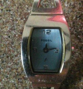 FOSSIL Часы !