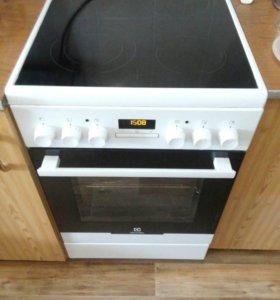 Плита Electrolux EKC 954505 W