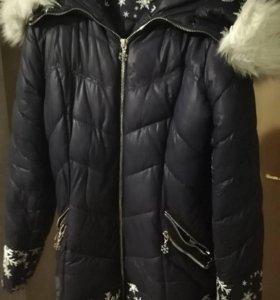 Продам зимний пуховик подойдёт на беренный животик