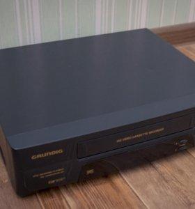 Видеомагнитофон Grundig gv 609