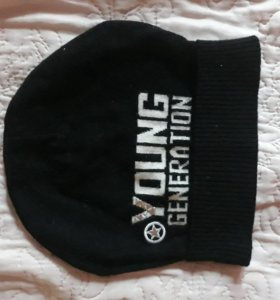 Межсезонная шапка