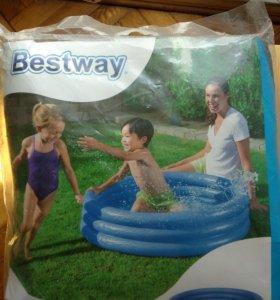 Детский бассейн надувнрй