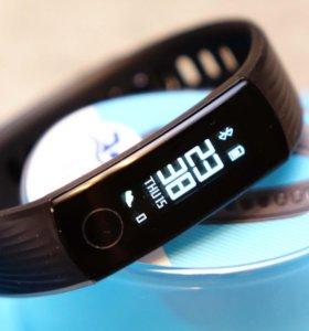 Новый фитнес-браслет Huawei Band 3