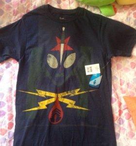 Новая мужская футболка размер S
