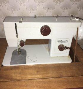 Швейная машинка «Чайка 234»