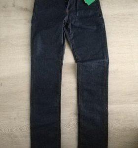 Новые джинсы НМ