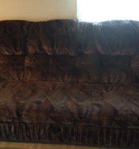 Продам диван с двумя креслами!