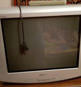 "Телевизор ""Sony"" Trinitron"