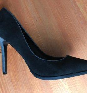 Туфли новые, натуральная замша.