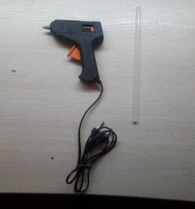 Термоклеевой Пистолет с патроном в подарок.
