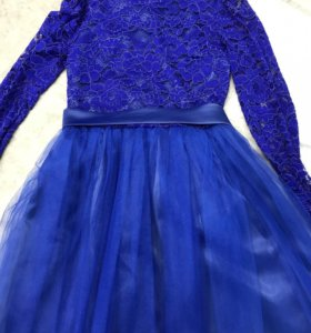 Платье 40-42 размера
