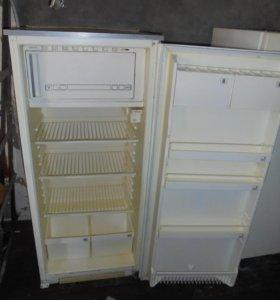 Продаю холодильник Полюс 10