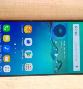 Телефон самсунг а3 (samsung)