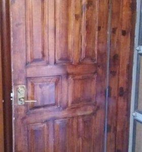 Дверь. Натуральное дерево