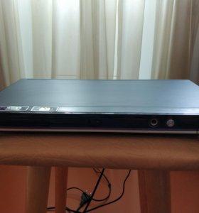 DVD-плеер LG DVX453K