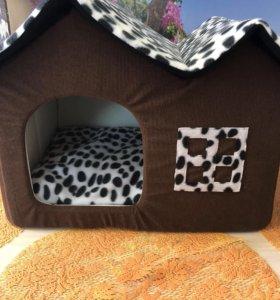 Домик для кошек или маленьких собачек