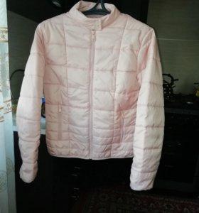 Продам куртку (весна, осень)