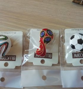 Значки на одежду. Спортивные сувениры
