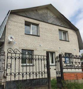 Дом, 250.5 м²