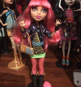 Кукла Монстер Хай Monster High Хоулин Вульф 13 жел