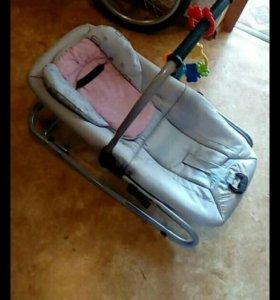 Шезлонг и коляска-трансформер