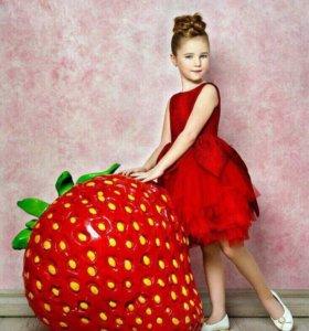 Платье (праздничное)
