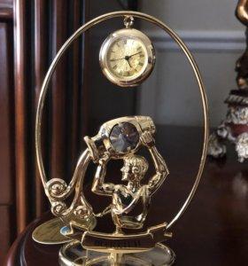 Новая фигурка Водолей с часами и крист. Сваровски