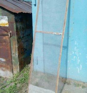 Дверь для балкона с москитной сеткой