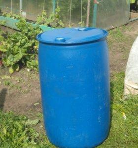 Бочка пластиковая б/у 220 литров