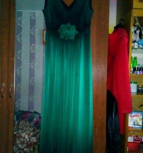 Красивое платье(торг)