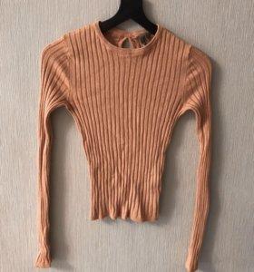 Песочный свитер