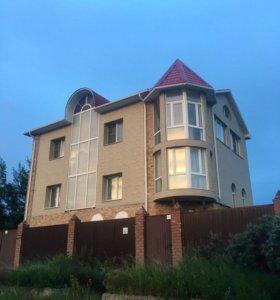 Коттедж, 302 м²