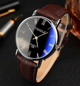 Кварцевые часы Yazole