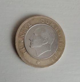 Монета 1 турецкая лира