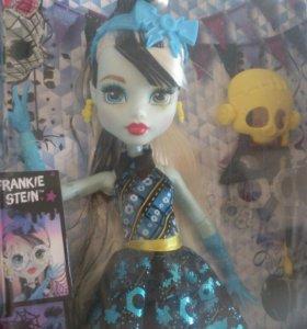 Новая кукла monster high оригинал