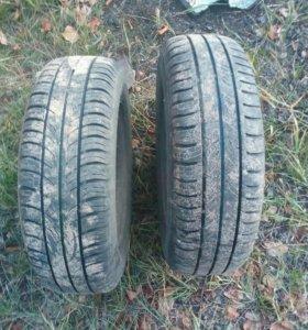 Продаю 2 колеса в отличном состоянии 175/70 R13