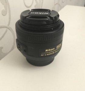 Объектив Nikon 35 mm