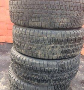 Продам шины Dunlop Grandtrek 235/55 R18