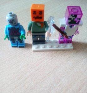 Лего Майнкрафт и лего Крэнг купил за 220 р