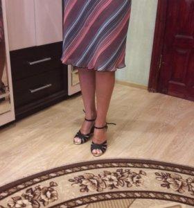 Красивая юбочка в полоску