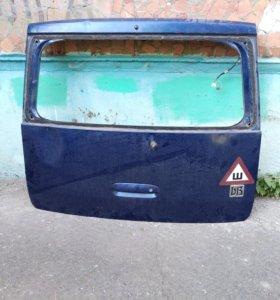Дверь багажника TOYOTA bB