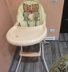 Продам стул для кормления Lorelli
