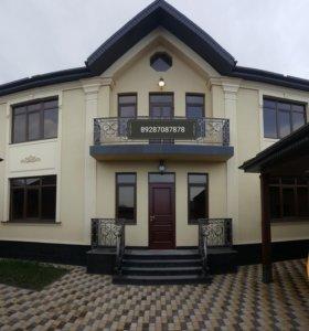 Дом, 204 м²